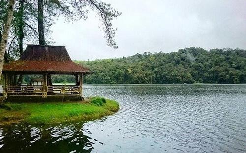 Danau-Situ-Patenggang
