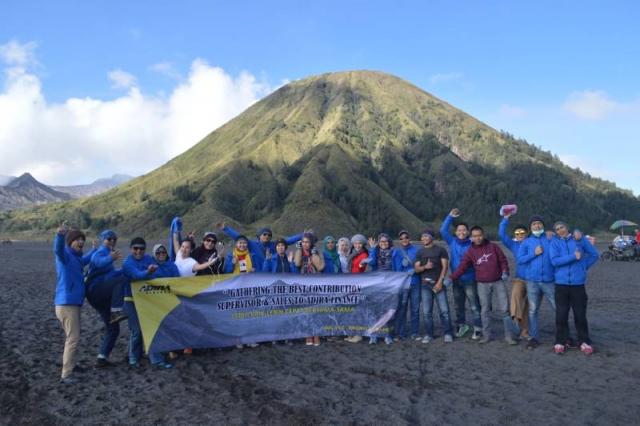 Family Gathering Wisata Bromo Malang