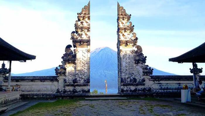 Candi Lempuyangan Bali