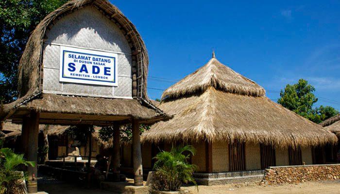 Rumah Adat Suku Sasak Sade